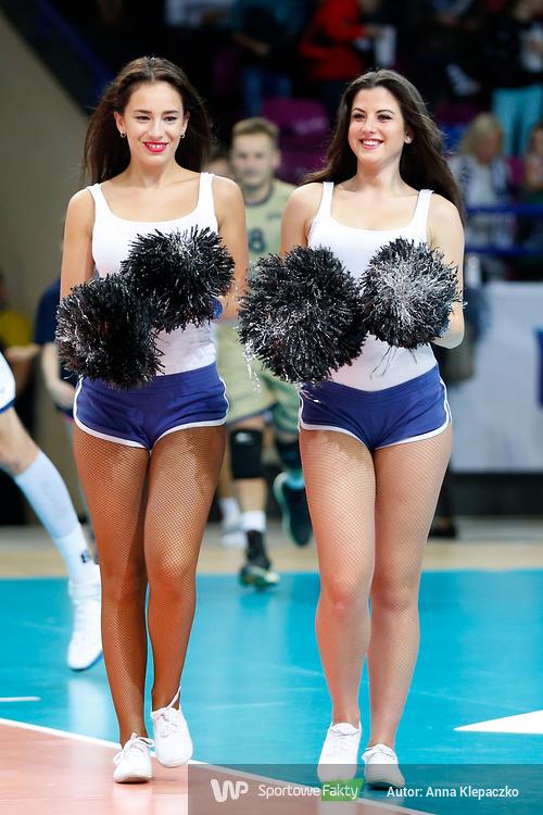 Bell Arto Cheerleaders uświetniły mecz w Warszawie (galeria)