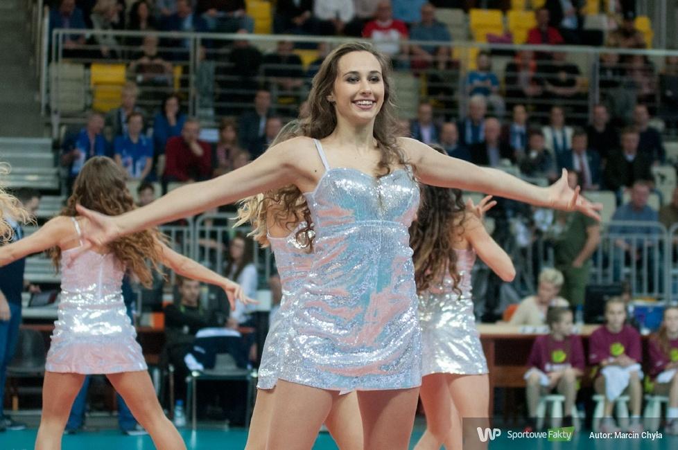 Cheerleaders FLEX Sopot podczas meczu Ligi Mistrzyn w Koszalinie (galeria)