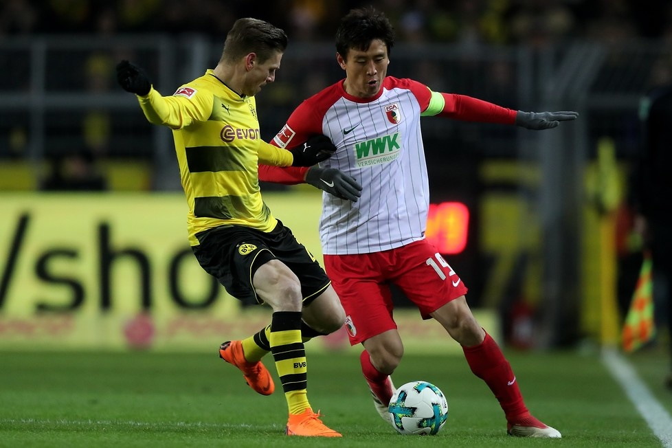 Borussia Dortmund w ostatnim czasie głównie traciła dystans do Bayernu...
