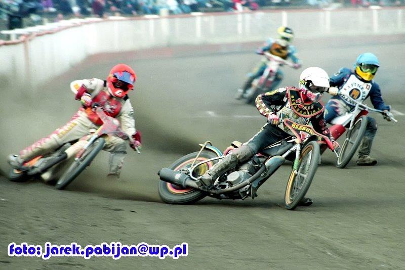 W kasku czerwonym Piotr Baron (Sparta) - 9 pkt. i 6. miejsce (2,2,0,3,...