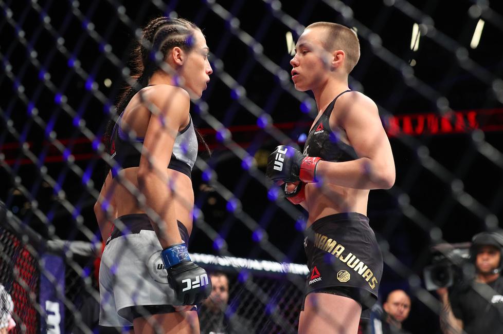 Polała się krew. Zobacz zdjęcia z walki Jędrzejczyk z Namajunas na UFC 223 (galeria)
