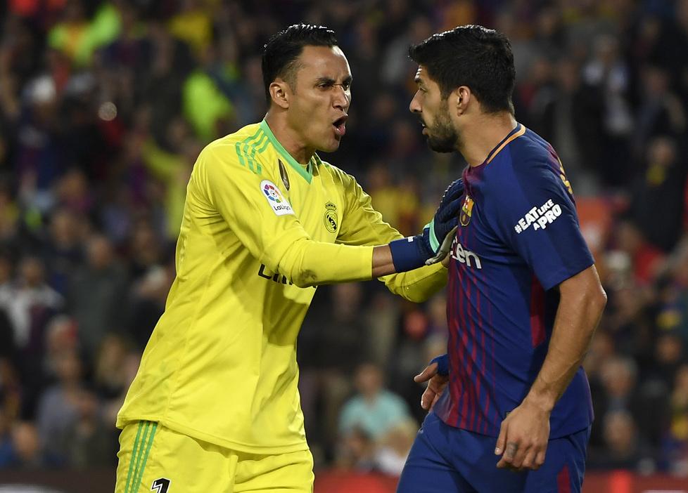 Na początku spotkania doszło do spięcia pomiędzy bramkarzem Realu a na...