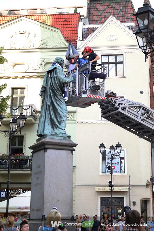 Feta w Toruniu. Twarde Pierniki świętują zdobycie brązowych medali (galeria)