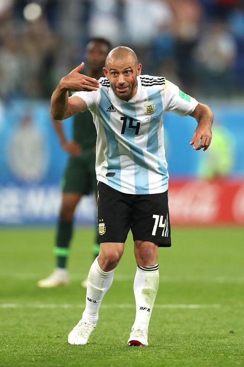 Javier Mascherano się nie oszczędzał. Fot. Alex Morton/Getty Images....