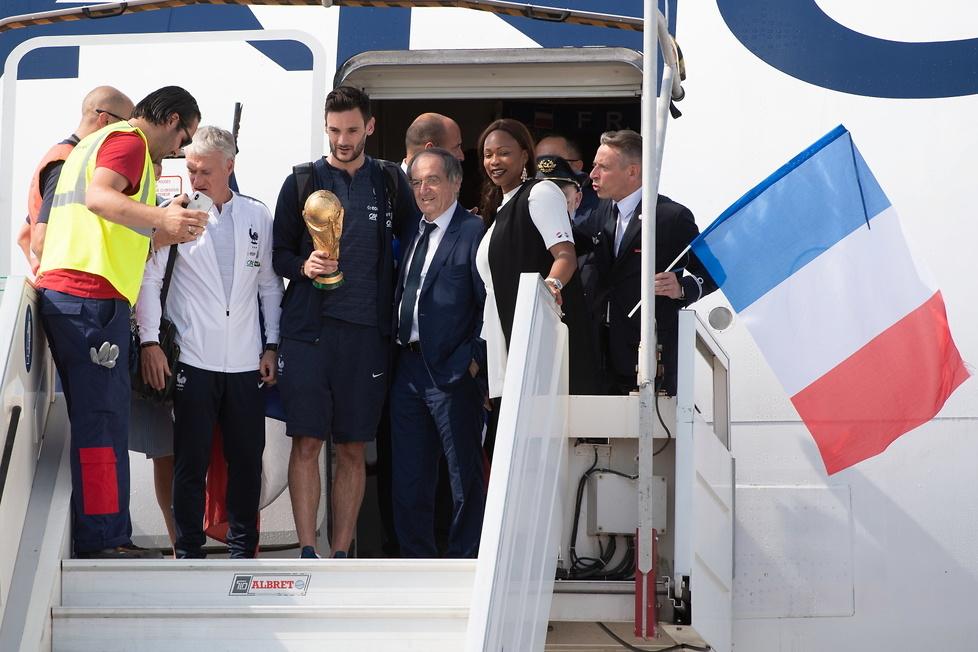 Mundial 2018. Mistrzowie świata wrócili do domu! Huczne świętowanie (galeria)