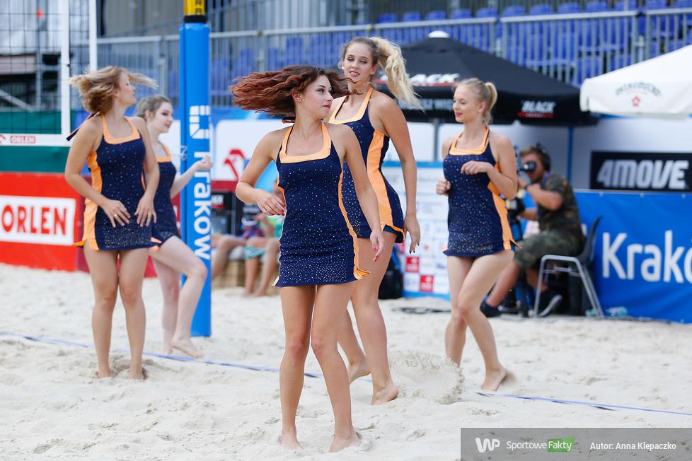 Cheerleaderki na finałach mistrzostw Polski siatkówki plażowej (galeria)