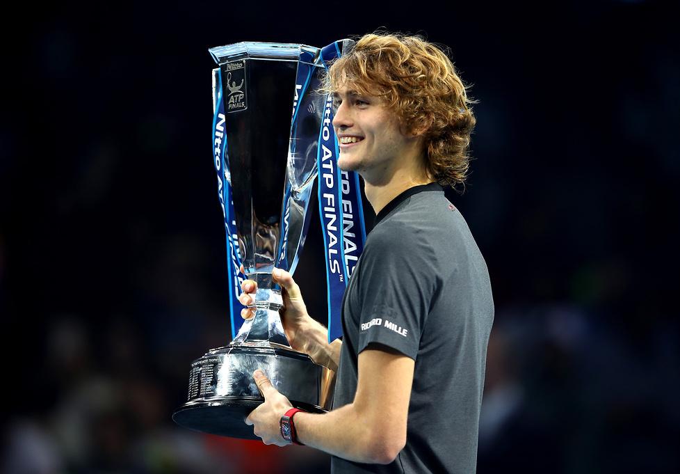 Alexander Zverev triumfatorem Finałów ATP World Tour. Pokonał w finale Novaka Djokovicia (galeria)