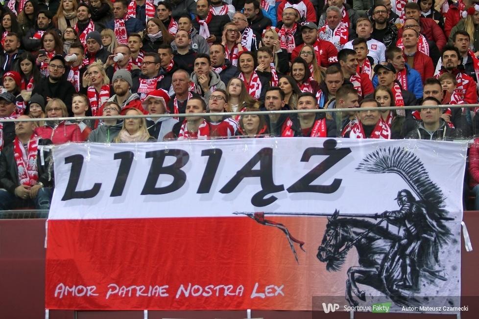 Kibice na PGE Narodowym podczas meczu Polska - Łotwa (galeria)