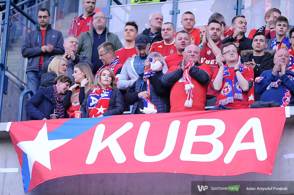Kibice podczas meczu Wisła Kraków - Legia Warszawa (galeria)