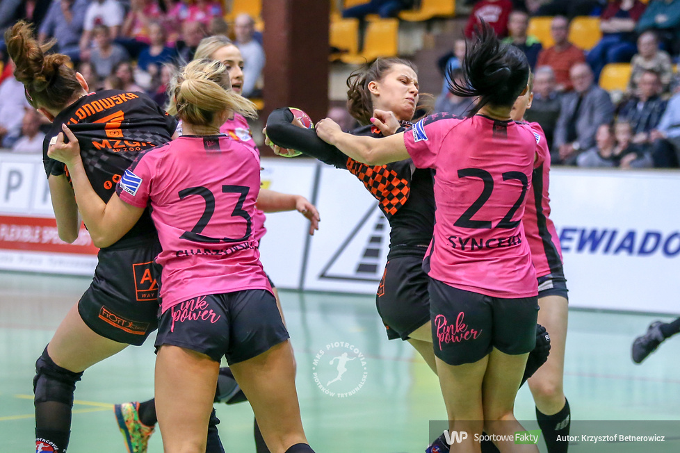 MKS Piotrcovia Piotrków Trybunalski - Korona Handball Kielce 26:32 (galeria)