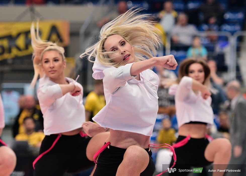 PlusLiga: ostatni taniec Cheerleaders Bełchatów w sezonie (galeria)