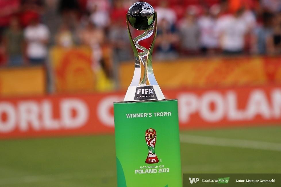 Ceremonia dekoracji finalistów mistrzostw świata do lat 20 w Polsce (galeria)