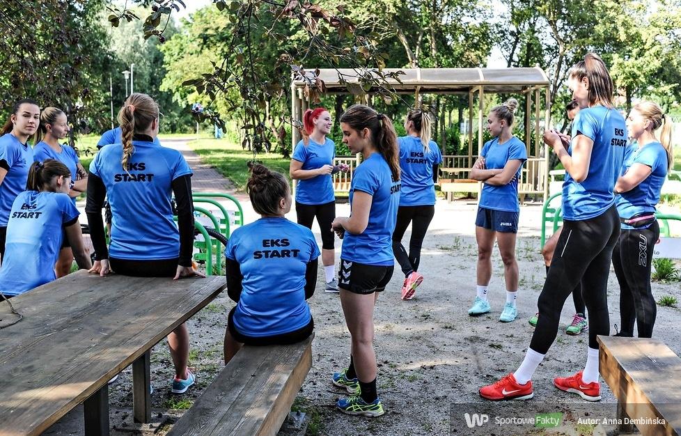 Piłkarki Startu Elbląg wznowiły treningi (galeria)