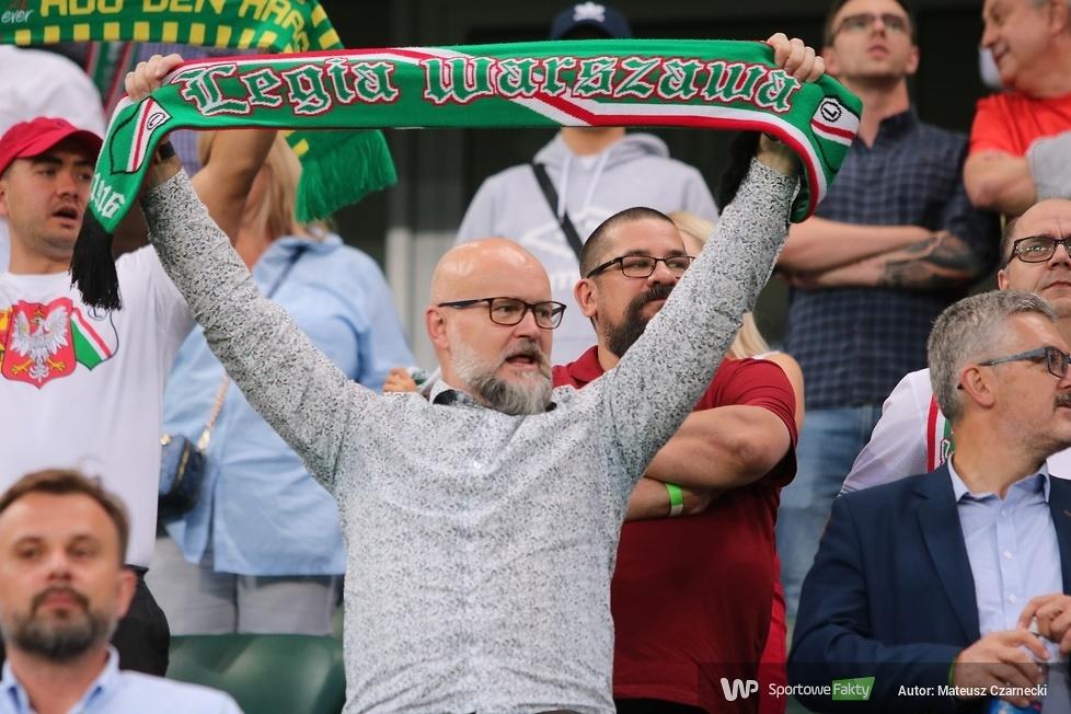 Kibice podczas meczu Legia Warszawa - Europa FC 3:0 (galeria)