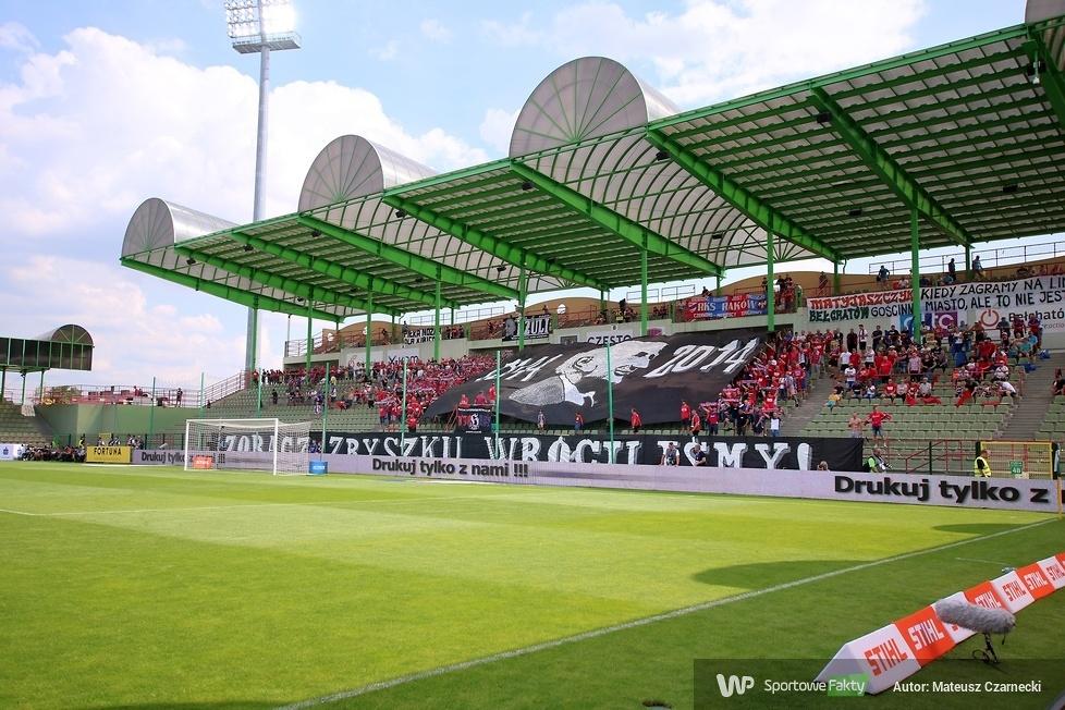 Kibice podczas meczu Raków Częstochowa - Korona Kielce 0:1 (galeria)