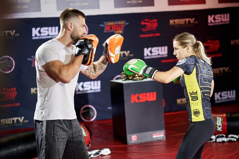 MMA. KSW 50. Media trening przed galą w Londynie (galeria)