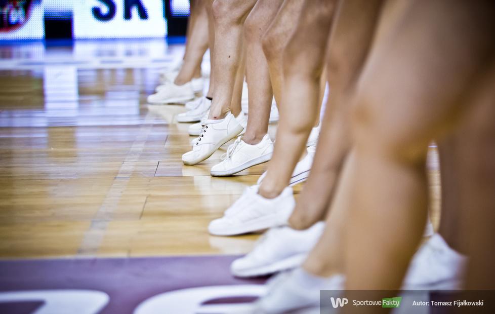 Cheerleaders Radom podczas meczu HydroTruck Radom - Start Lublin (galeria)