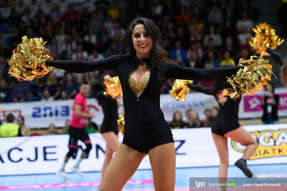 Giganci Siatkówki 2019: Glow Cheerleaders w akcji (galeria)