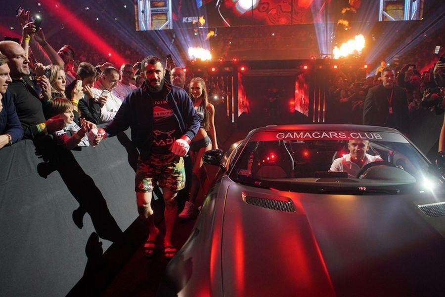 MMA. KSW 52. Scott Askham zdominował Mameda Chalidowa (galeria)