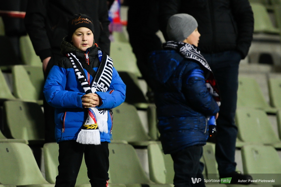 PKO Ekstraklasa: kibice podczas meczu Raków Częstochowa - Górnik Zabrze (galeria)