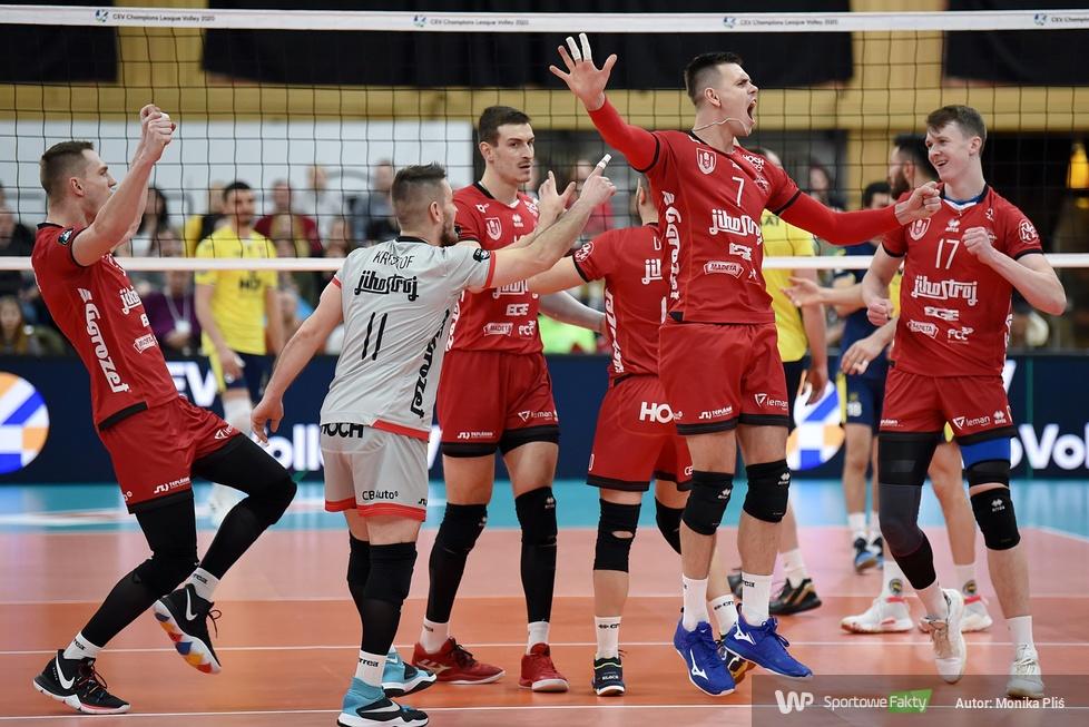 Liga Mistrzów:  VK Jihostroj Czeskie Budziejowice - Fenerbahce HDI Sigorta Stambuł 3:0 (galeria)