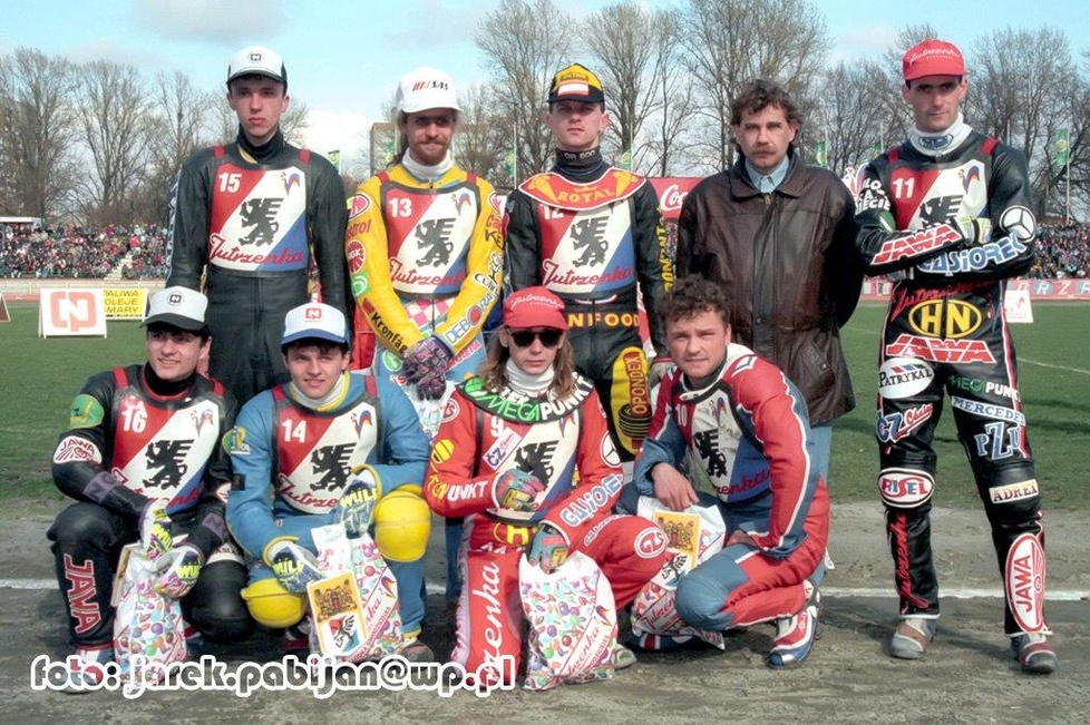 Stoją od lewej: Kwieciński, Gustafsson, Cieślewicz, Maroszek, T.Gollob...