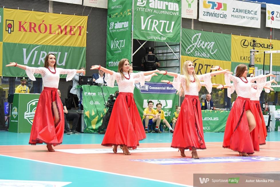 Występ Cheerleaders Ergo Śląsk podczas meczu Aluron Virtu CMC Zawiercie - Jastrzębski Węgiel (galeria)