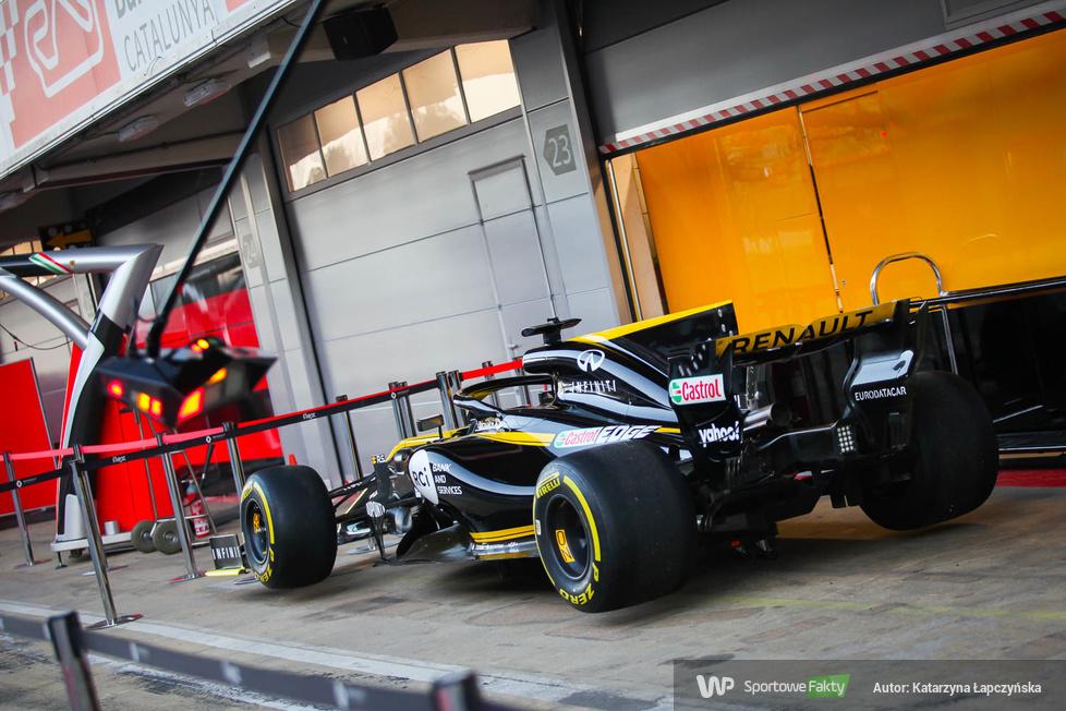 Testy F1. Pierwszy dzień jazd w Barcelonie (galeria)