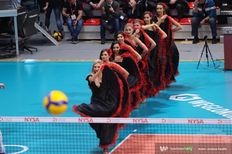 Występy Cheerleaders Ergo Śląsk na finałach Pucharu Polski w Nysie (galeria)