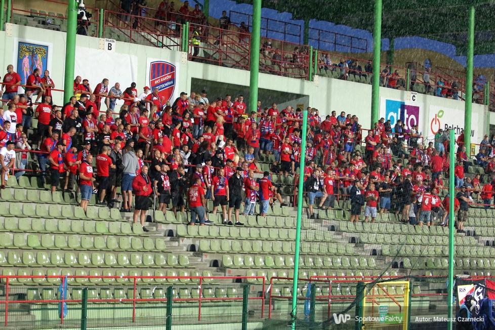 Kibice na meczu Raków Częstochowa - Legia Warszawa (galeria)