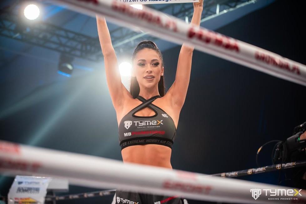 Ring girls gali Tymex Boxing Night 15 (galeria)