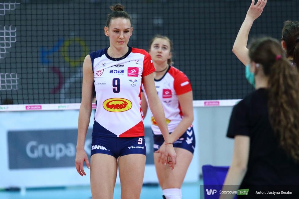 1/8 finału Pucharu Polski kobiet. Grot Budowlani Łódź - Polskie Przetwory Pałac Bydgoszcz 3:1 (galeria)