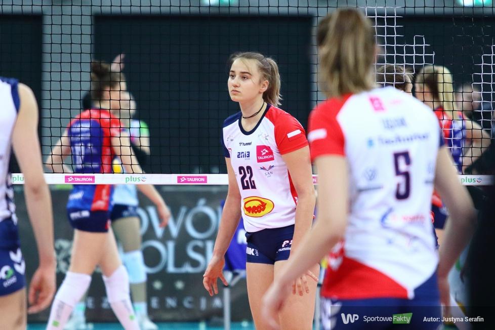 Oliwia Poreda...