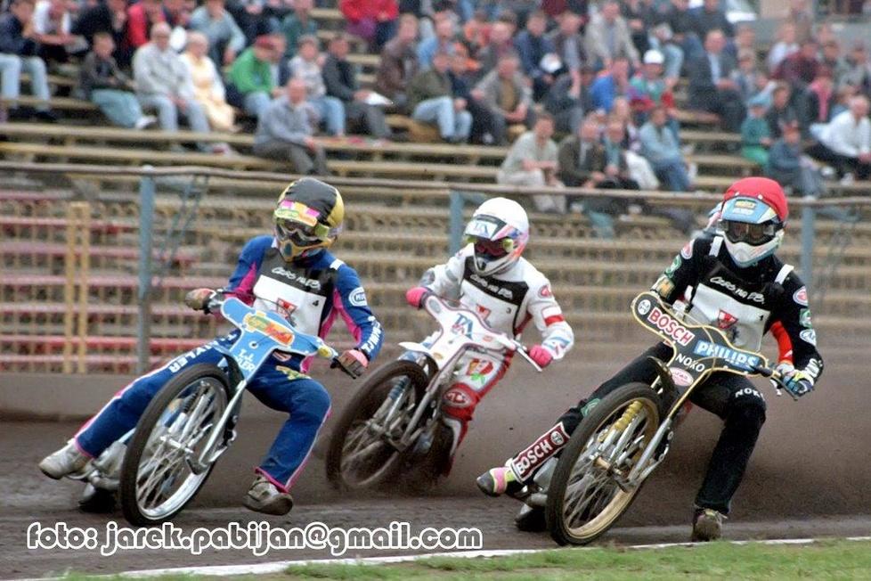 Od prawej: Rafał Dobrucki - 6. miejsce (2,2,3,2,1), Mirosław Kowalik -...