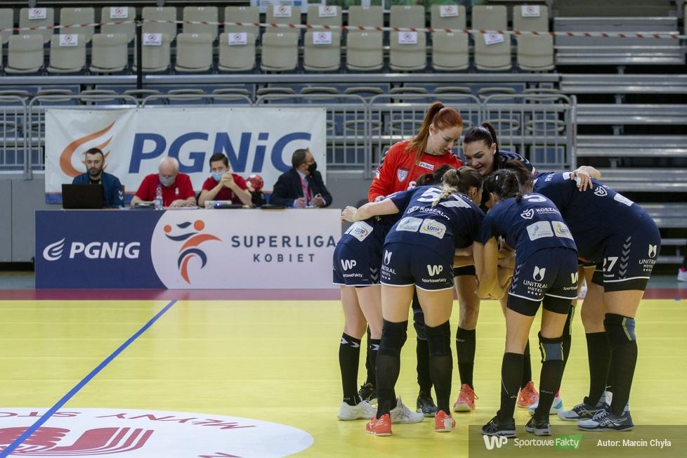 PGNiG Superliga Kobiet. Młyny Stoisław Koszalin - KPR Ruch Chorzów 35:24 (galeria)