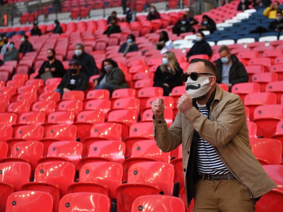 Kibice czekali na to ponad rok. Piękne obrazki ze stadionu Wembley