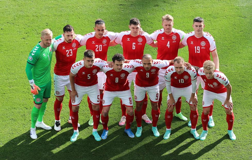 To jest prawdziwa drużyna. Reprezentacja Danii przeżyła razem dramat na boisku