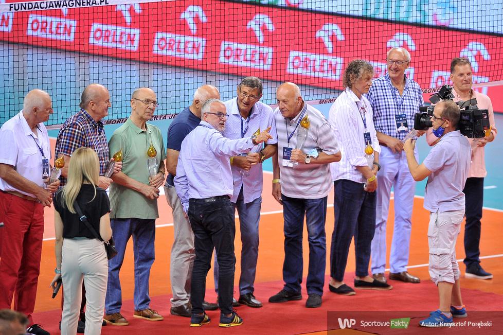 Memoriał Wagnera: członkowie drużyny Wagnera przekazali płomienie olimpijskie swoim następcom (galeria)