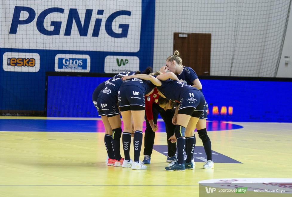 PGNiG Superliga Kobiet. Młyny Stoisław Koszalin - Eurobud JKS Jarosław 20:21 (galeria)