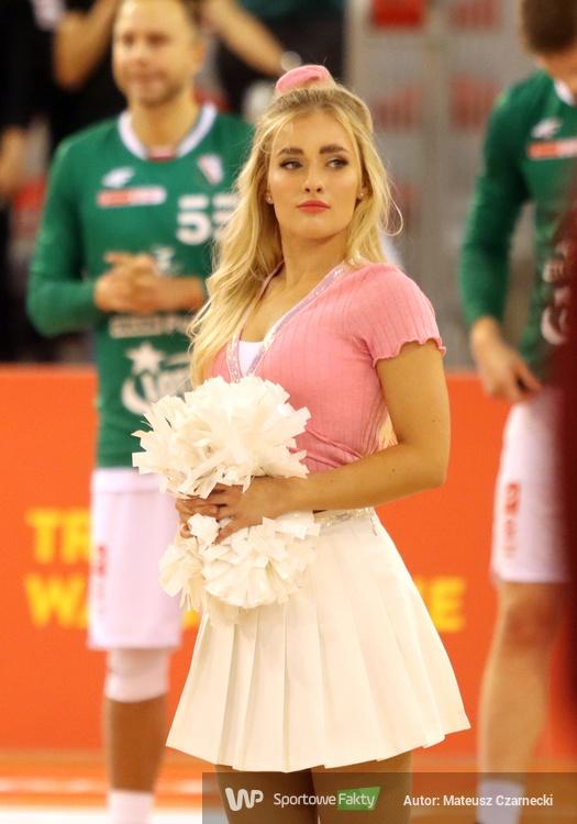 Cheer Angels Cheerleading Academy na meczu Legia Warszawa - PGE Spójnia Stargard (galeria)