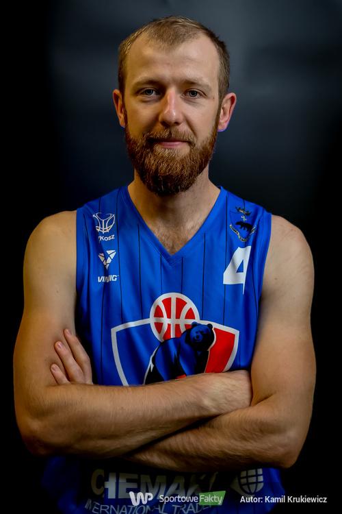 Michał Kindlik...